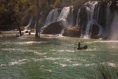 Καταρράκτης Kravice στον ποταμό Trebizat σε Βοσνία-Ερζεγοβίνη, τον Απρίλιο το στοκ φωτογραφία με δικαίωμα ελεύθερης χρήσης