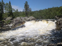 Καταρράκτης Myantyukoski Εθνικό πάρκο Paanajärvi Στοκ φωτογραφία με δικαίωμα ελεύθερης χρήσης