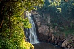 Καταρράκτης Narok Haew στο εθνικό πάρκο Ταϊλάνδη Khao Yai στοκ εικόνες