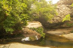 Καταρράκτης Pithara σε Άνδρο Ένας όμορφος θερινός προορισμός στοκ φωτογραφία
