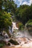 Καταρράκτης Si Kuang στο μουσώνα Luang Prabang, Λάος Στοκ φωτογραφίες με δικαίωμα ελεύθερης χρήσης