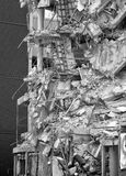 Καταρρέοντας οικοδόμηση Στοκ φωτογραφίες με δικαίωμα ελεύθερης χρήσης