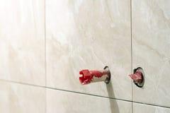 Κατασκευή και ανακαίνιση σπιτιών, σωλήνες και εργαλεία υδραυλικών κτυπούν Στοκ φωτογραφίες με δικαίωμα ελεύθερης χρήσης