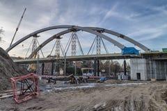 Κατασκευή μιας γέφυρας Στοκ εικόνες με δικαίωμα ελεύθερης χρήσης