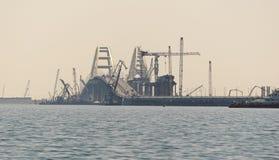 Κατασκευή της της Κριμαίας γέφυρας στο στενό Kerch σε μια ημέρα Στοκ Εικόνα