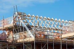 Κατασκευή της στέγης στην κατοικημένη ιδιοκτησία Στοκ Φωτογραφία