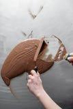 Κατασκευή των καραμελών σοκολάτας Στοκ φωτογραφία με δικαίωμα ελεύθερης χρήσης