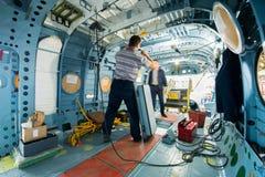 Κατασκευή των ρωσικών ελικοπτέρων στο εργοστάσιο αεροσκαφών Στοκ Εικόνες