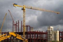 Κατασκευή των σπιτιών διαμερισμάτων στο ρωσικό κεφάλαιο - Μόσχα Στοκ Εικόνες