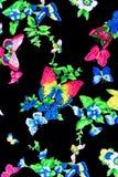 Κατασκευασμένες όμορφες λουλούδια και πεταλούδες Στοκ Εικόνες
