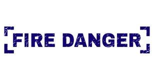 Κατασκευασμένη σφραγίδα γραμματοσήμων ΚΙΝΔΥΝΟΥ ΠΥΡΚΑΓΙΑΣ Grunge μεταξύ των γωνιών διανυσματική απεικόνιση