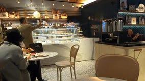 Καταστήματα και εστιατόρια -3 ναυπηγείων του Hudson απόθεμα βίντεο