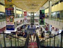 Καταστήματα και καταστήματα μέσα στην πόλη Masinag SM Στοκ Φωτογραφίες