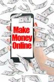 Καταστήστε τα χρήματα σε απευθείας σύνδεση, μήνυμα στο smartphone με τα πετώντας χρήματα Στοκ Εικόνες
