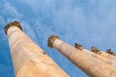 Καταστρέφει την πόλη Jerash στην Ιορδανία/την αψίδα του Αδριανού σε Jerash Στοκ Εικόνα