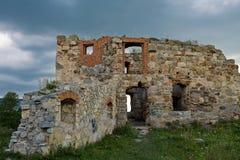 Καταστροφές ενός αρχαίου ουκρανικού κάστρου Στοκ εικόνες με δικαίωμα ελεύθερης χρήσης