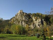 Καταστροφές κάστρων Strecno, Σλοβακία Στοκ Φωτογραφία