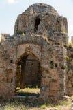 Καταστροφές μιας βυζαντινής εκκλησίας στο κάστρο Ichkale σε Alanya στοκ φωτογραφία με δικαίωμα ελεύθερης χρήσης