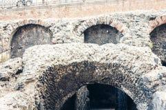 Καταστροφές παλαιό ρωμαϊκό Romano Anfiteatro αμφιθεάτρων στην Κατάνια, Σικελία, Ιταλία στοκ εικόνες