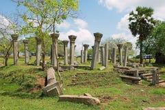 Καταστροφές της ιερής πόλης σε Anuradhapura, Σρι Λάνκα Στοκ φωτογραφία με δικαίωμα ελεύθερης χρήσης