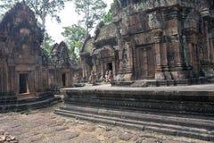 Καταστροφές του αρχαίου ναού Banteay Srei Angkor Στοκ Φωτογραφίες