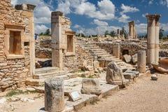 Καταστροφές του αρχαίων αδύτου και του ναού απόλλωνα Hylates στοκ φωτογραφίες με δικαίωμα ελεύθερης χρήσης
