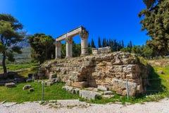 Καταστροφές του ναού Ε σε αρχαίο Corinth Στοκ Φωτογραφίες