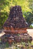 Καταστροφές του ναού Phnom Bakheng σε Angkor Wat σύνθετο Στοκ Φωτογραφία