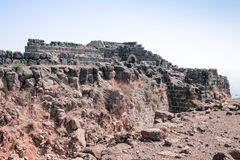 Καταστροφές του 12ου φρουρίου του αστεριού Hospitallers - Belvoir - της Ιορδανίας - στο εθνικό πάρκο αστεριών της Ιορδανίας κοντά στοκ εικόνα