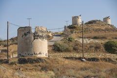 Καταστροφές των αρχαίων ανεμόμυλων, Santorini, Ελλάδα στοκ εικόνα με δικαίωμα ελεύθερης χρήσης
