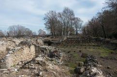 Καταστροφές των δημόσιων λουτρών στο αρχαιολογικό πάρκο του Dion Πιερεία, μΑ Στοκ Εικόνες