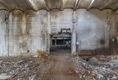 Καταστροφές των κτηρίων βιομηχανικής επιχείρησης που εγκαταλείπονται ή που καταστρέφονται Στοκ Φωτογραφίες