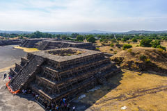 Καταστροφές των πυραμίδων της Pre-Columbian πόλης Teotihuacan, Μεξικό Στοκ εικόνα με δικαίωμα ελεύθερης χρήσης