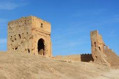 Καταστροφές των τάφων Merinid επάνω από το παλαιό medina σε Fes, Μαρόκο Στοκ Φωτογραφία