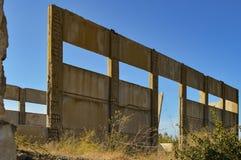 Καταστροφή ενός παλαιού εργοστασίου Στοκ Φωτογραφίες