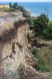 Καταστροφή καθιζήσεων εδάφους βουνών στη sesmically επικίνδυνη περιοχή Μεγάλες ρωγμές στη γη, κάθοδος των μεγάλων στρωμάτων του γ στοκ εικόνα με δικαίωμα ελεύθερης χρήσης