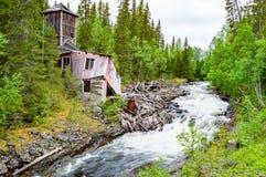 Καταστροφή κοντά στον ποταμό Στοκ Φωτογραφίες