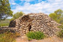 Καταστροφή, κτήριο ξηρών πετρών, 11-15$ος αιώνας, seca piedra, Mont-roig del Camp, Tarragona, Catalunya, Ισπανία Διάστημα αντιγρά Στοκ φωτογραφίες με δικαίωμα ελεύθερης χρήσης
