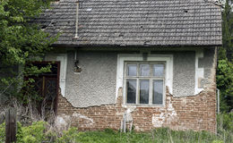 Καταστροφή του παλαιού σπιτιού Στοκ εικόνα με δικαίωμα ελεύθερης χρήσης