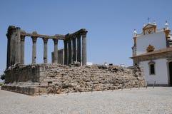Καταστροφή του ρωμαϊκού antic ναού Στοκ εικόνα με δικαίωμα ελεύθερης χρήσης