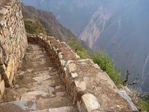 Καταστροφή inka Choquequirao στην περουβιανή ζούγκλα βουνών Στοκ Εικόνες