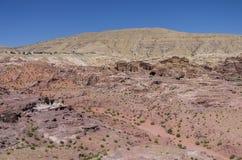 Καταστροφή Moghar Annassara (χριστιανικοί τάφοι) στη Petra και Uum Sa Στοκ Φωτογραφίες