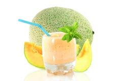 Καταφερτζής πεπονιών πεπονιών ή milkshake με τα φρούτα και το stevia Στοκ Φωτογραφίες