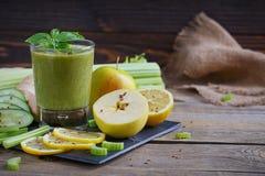 Καταφερτζής φρούτων και λαχανικών πρόγευμα υγιές Στοκ φωτογραφίες με δικαίωμα ελεύθερης χρήσης