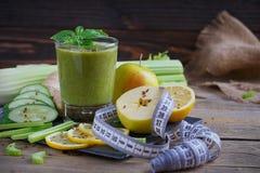 Καταφερτζής φρούτων και λαχανικών πρόγευμα υγιές Στοκ Εικόνες