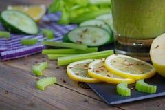 Καταφερτζής φρούτων και λαχανικών πρόγευμα υγιές Στοκ Φωτογραφία