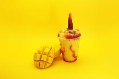 Καταφερτζής de mango con Chamoy Στοκ φωτογραφίες με δικαίωμα ελεύθερης χρήσης