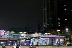 Καταφύγιο λεωφορείων TransJakarta Στοκ Εικόνες
