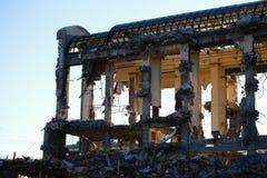 Κατεδαφισμένος οι καταστροφές οικοδόμησης στοκ εικόνα με δικαίωμα ελεύθερης χρήσης