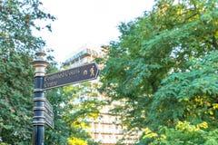 Κατευθυντικό πόλης κέντρο Αγγλία UK του Νόρθαμπτον σημαδιών Στοκ φωτογραφία με δικαίωμα ελεύθερης χρήσης